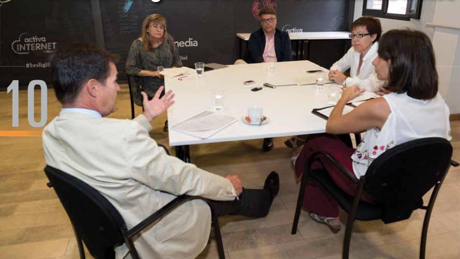 Mesa de debate de la revista PymeSeeguros