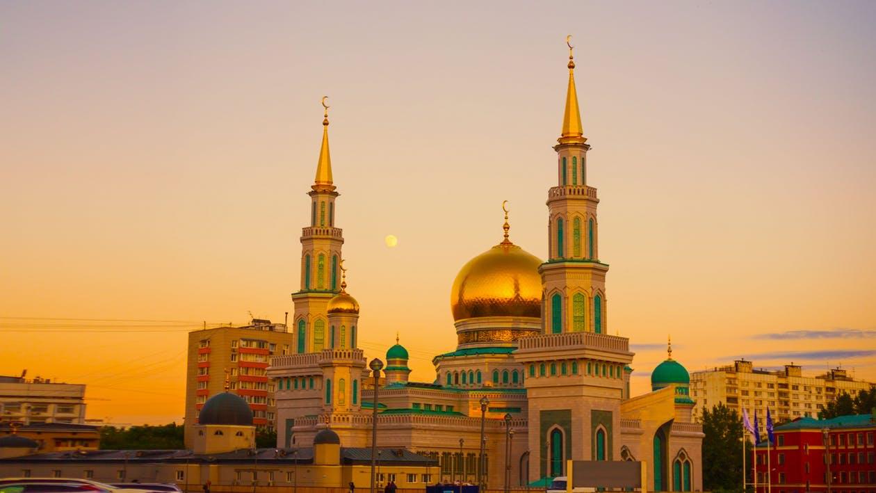 El seguro médico con asistencia médica es obligatorio en países como Rusia en tu seguro de viaje