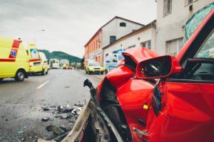 Cómo reaccionar ante un accidente de coche