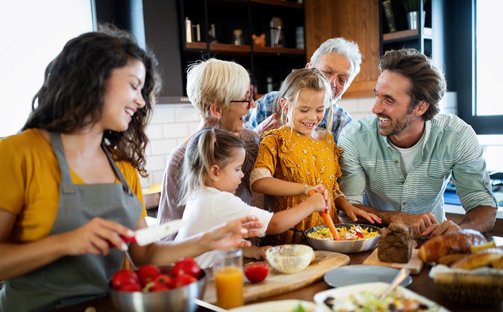 ¿ Qué es un Seguro de Decesos ? Cuando una persona fallece, sus familiares necesitan ayuda, asesoramiento rápido y ágil